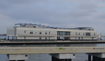 泊ふ頭旅客ターミナル(建築H24-1)
